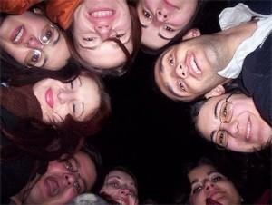 Un grup de studenți, membri ASII